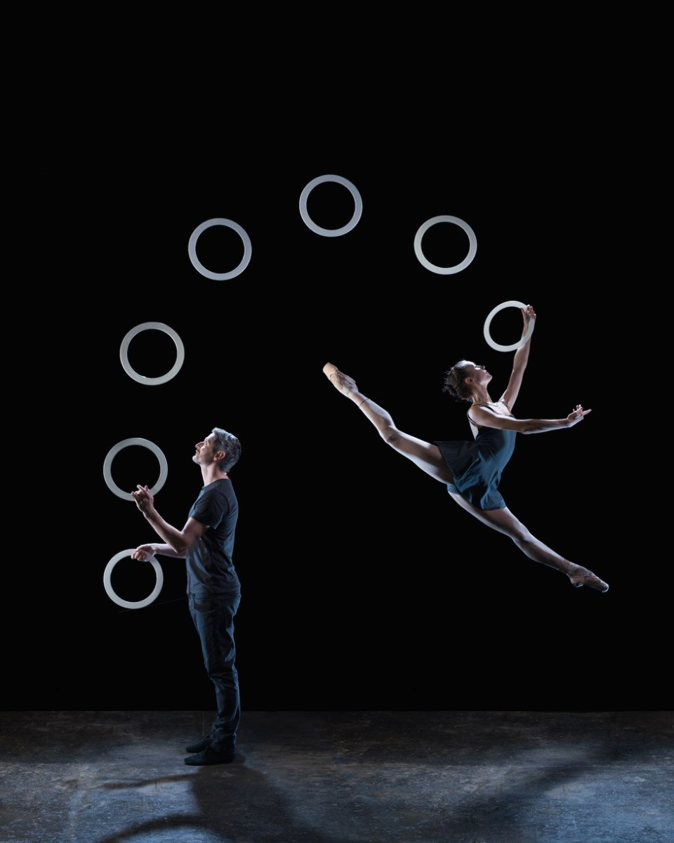 When Ballet and Juggling Combine...